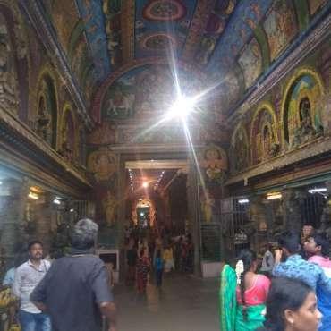 Ue des entrées du temple